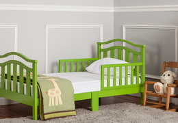 Green Elora Toddler Bed Room Shot