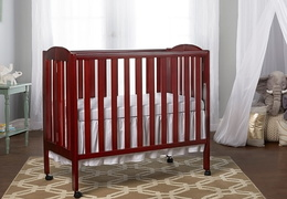 Cherry 3 in 1 Folding Portable Crib Room Shot