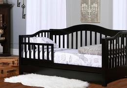 Black Toddler Day Bed Roomshot
