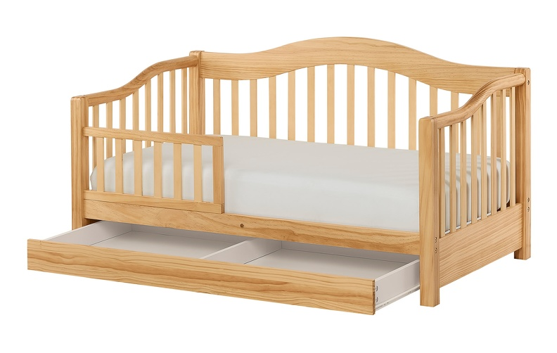 652_N_Natural_Toddler_Day_Bed_Silo2.jpg