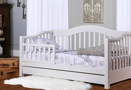 White Toddler Day Bed Roomshot