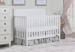 Alexa 5 in 1 Convertible Crib Room Scene