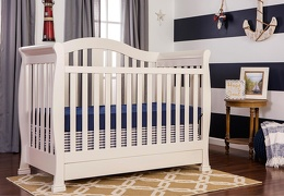 French White Addison 5 in 1 Convertible Crib RoomShot