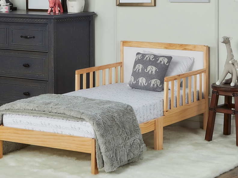 Brookside Toddler Bed RmScene NW