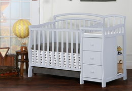 630-PG Casco 3 in 1 Convertible Mini Crib and Dressing Table Combo Room Shot