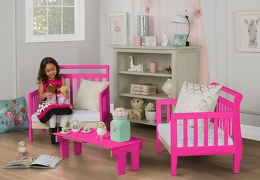 Fuchsia Pink Emma Toddler Bed Room Shot