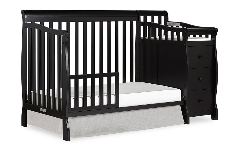 620_K_Black_Brody_5-in-1_Toddler_Bed_Silo.jpg