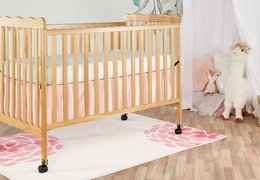 Natural Classic 3 in 1 Convertible Crib Room Shot