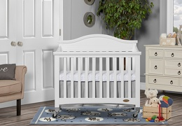 White Venice Folding Portable Crib 01 RmScene