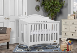 White Venice Folding Portable Crib 02 RmScene
