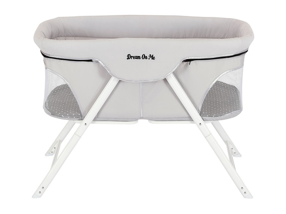Traveler Portable Bassinet 02