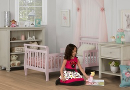 Blush Pink Emma Toddler Bed Room Shot